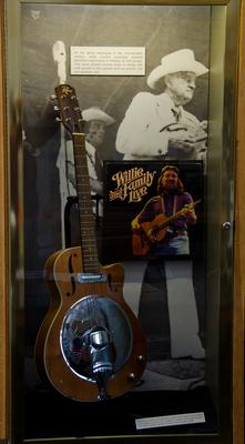 Country & Bluegrass Music