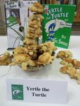 Award Winner - Dean's Choice: Yertle the Turtle by Jacqui Worden & Family