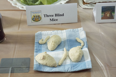 Show Entry: Three Blind Mice
