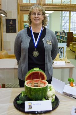 Show Pic: Award Winning People's Choice Gold Medalist Beth Heldebrandt