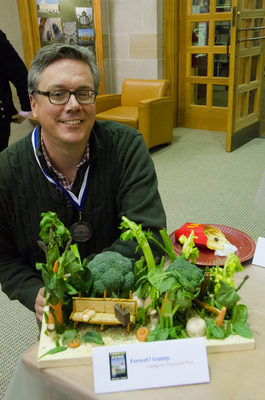 Show Pic: Best In Show Funniest Pun Medalist David Bell